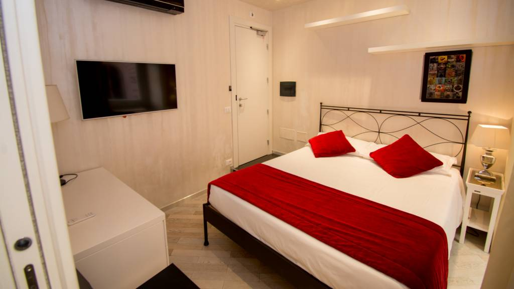 LBH-Hotel-caravita-roma-suite-3b