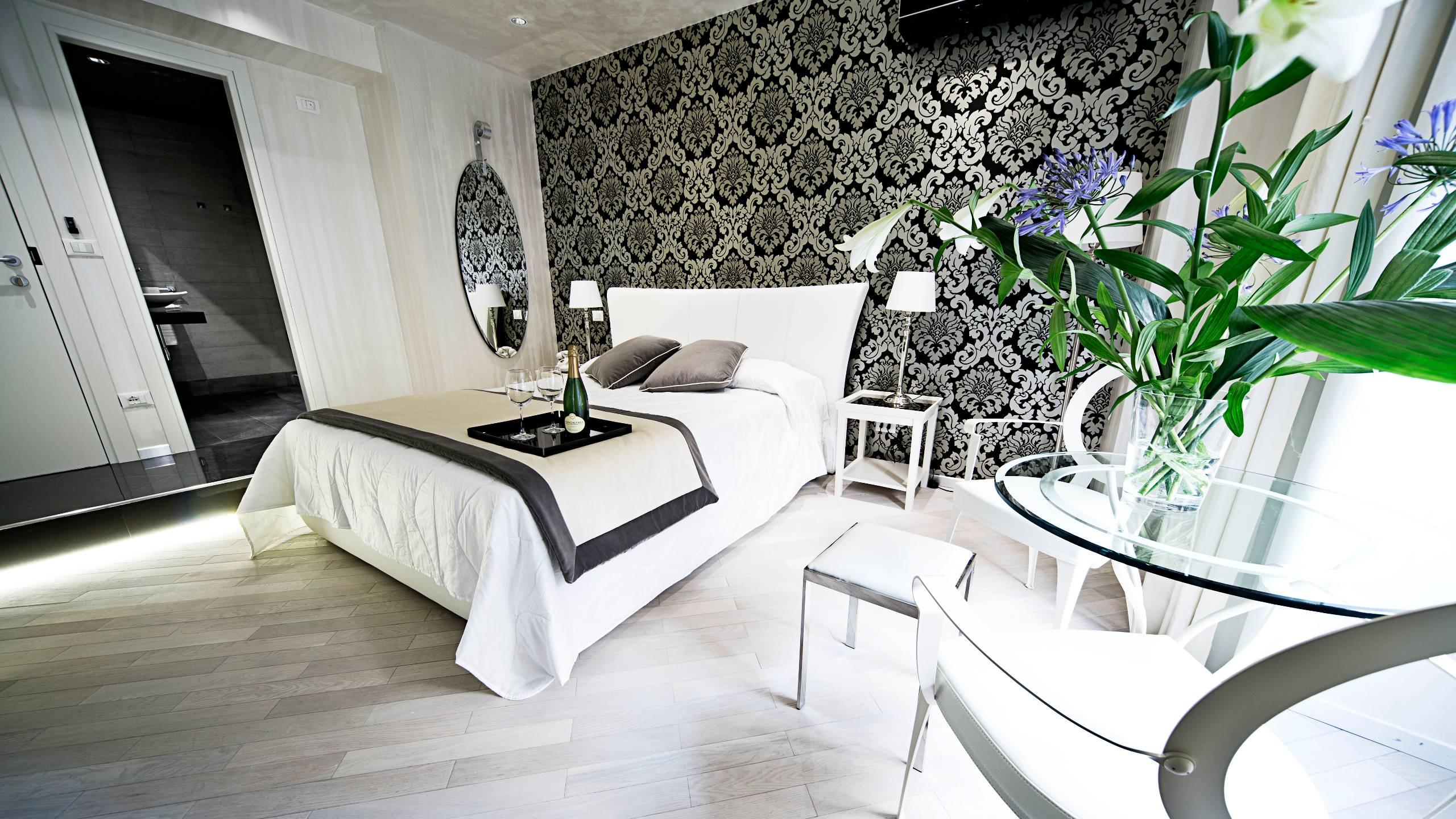 LBH-Hotel-Caravita-rome-junior-suite-2-1