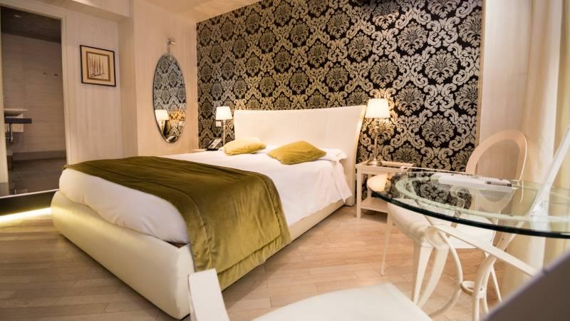 LBH-Hotel-Caravita-roma-COPERTINA
