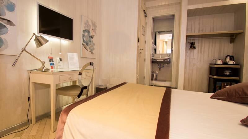 LBH-Hotel-Caravita-roma-classic-1a