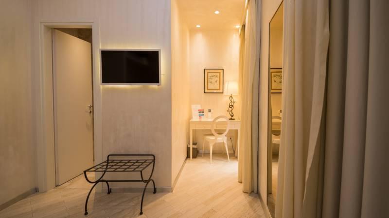 LBH-Hotel-Caravita-roma-classic-3a